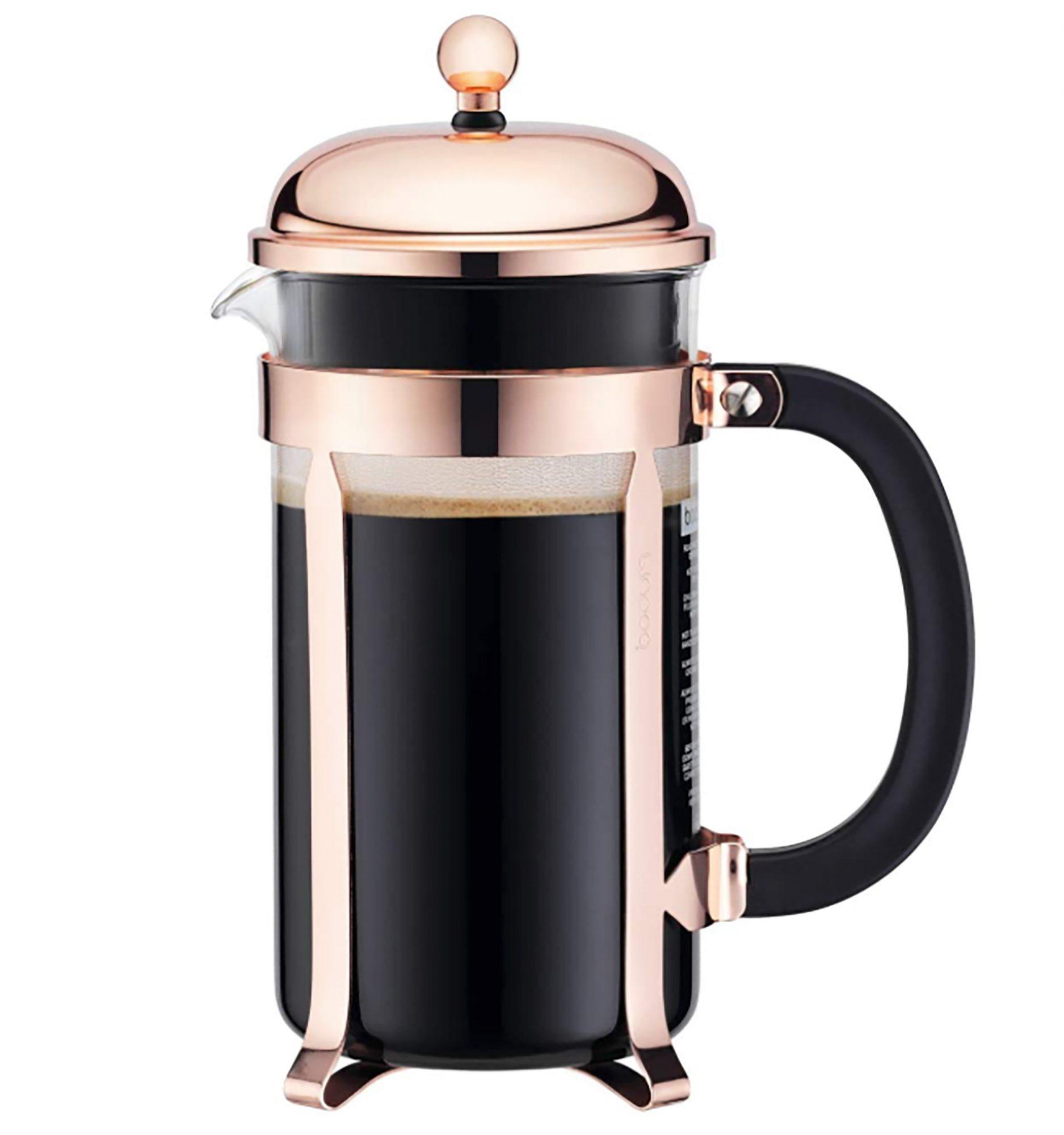 Nada mejor para un amante del café que tener una buena prensa francesa para preparar una taza de esta bebida a cualquier hora del día. Esta moderna opción de la marca Bodumademás le da un toque de estilo a este tradicional accesorio de la cocina.