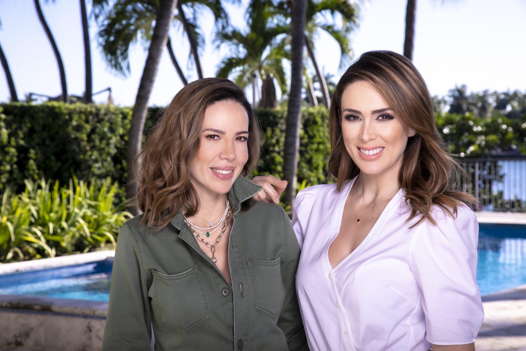 Jacky Bracamontes y Paola Pacheco