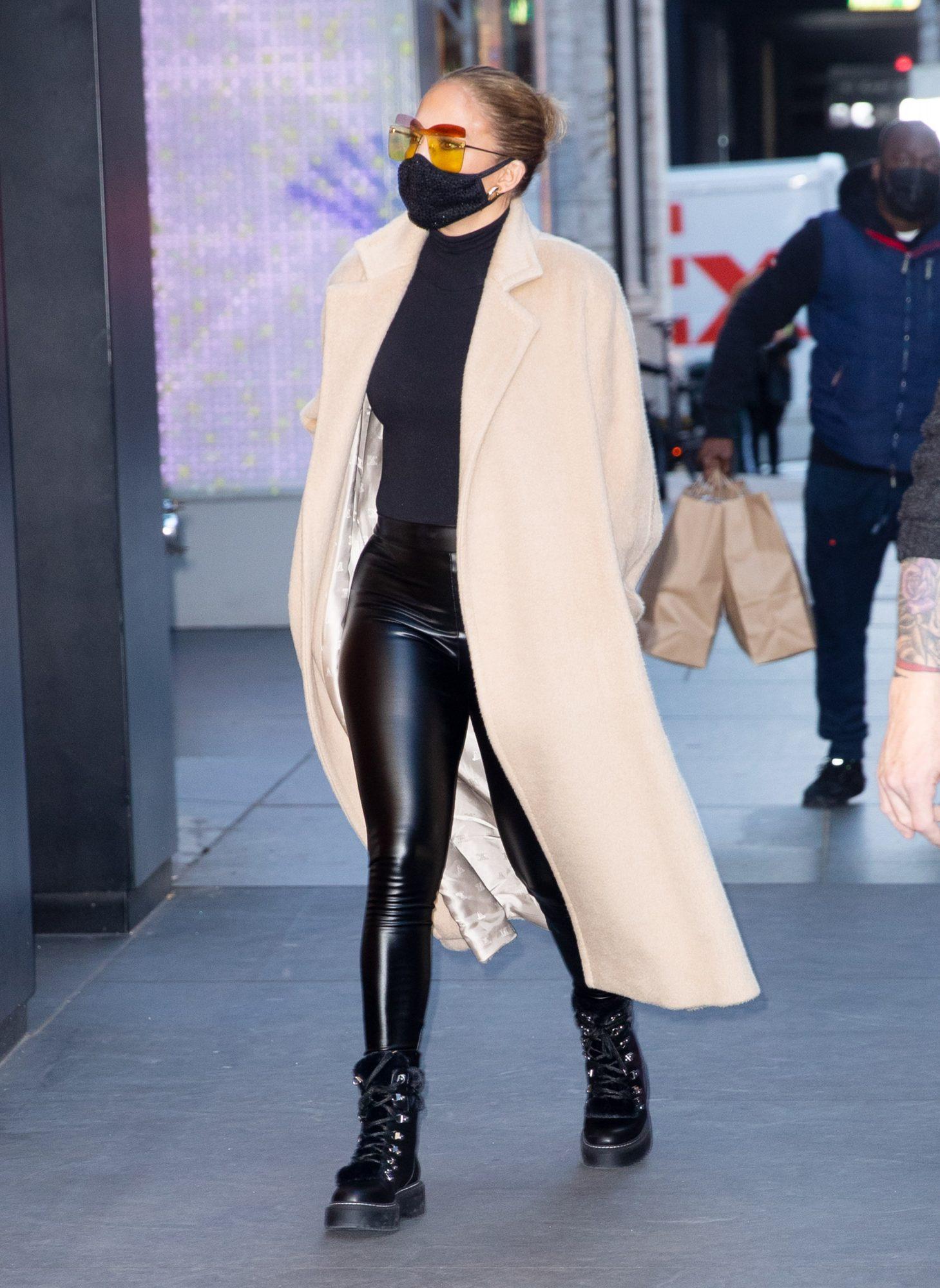 Jennifer Lopez, look, jennifer lopez de compras, estilo