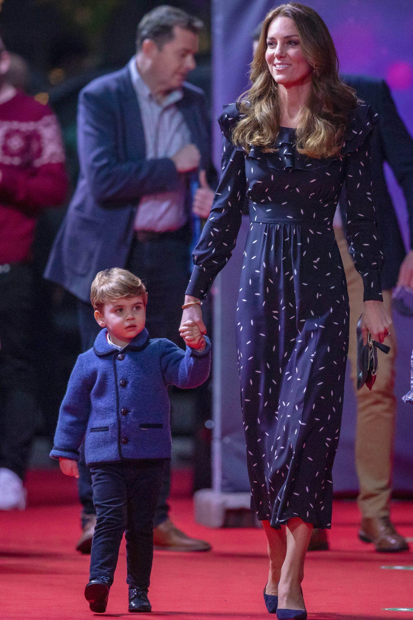 Kate Middleton, look para ir al teatro, familia