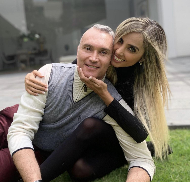 Edgardo del Villar y su esposa