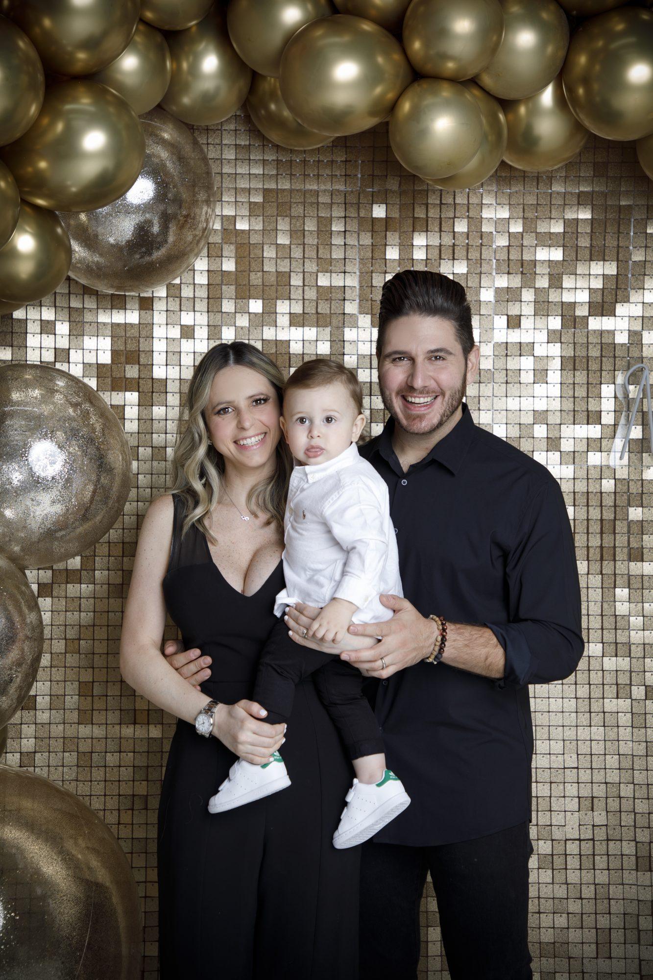 Chef James (James Tahhan) con su esposa Russel Conde y su hijo Jamie Tahhan Conde