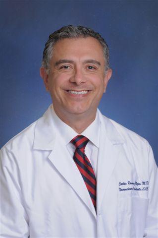 Doctor Carlos Ramirez-Mejia y la vacuna COVID-19
