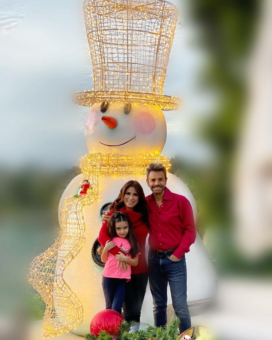 Alessandra Rosaldo con familia