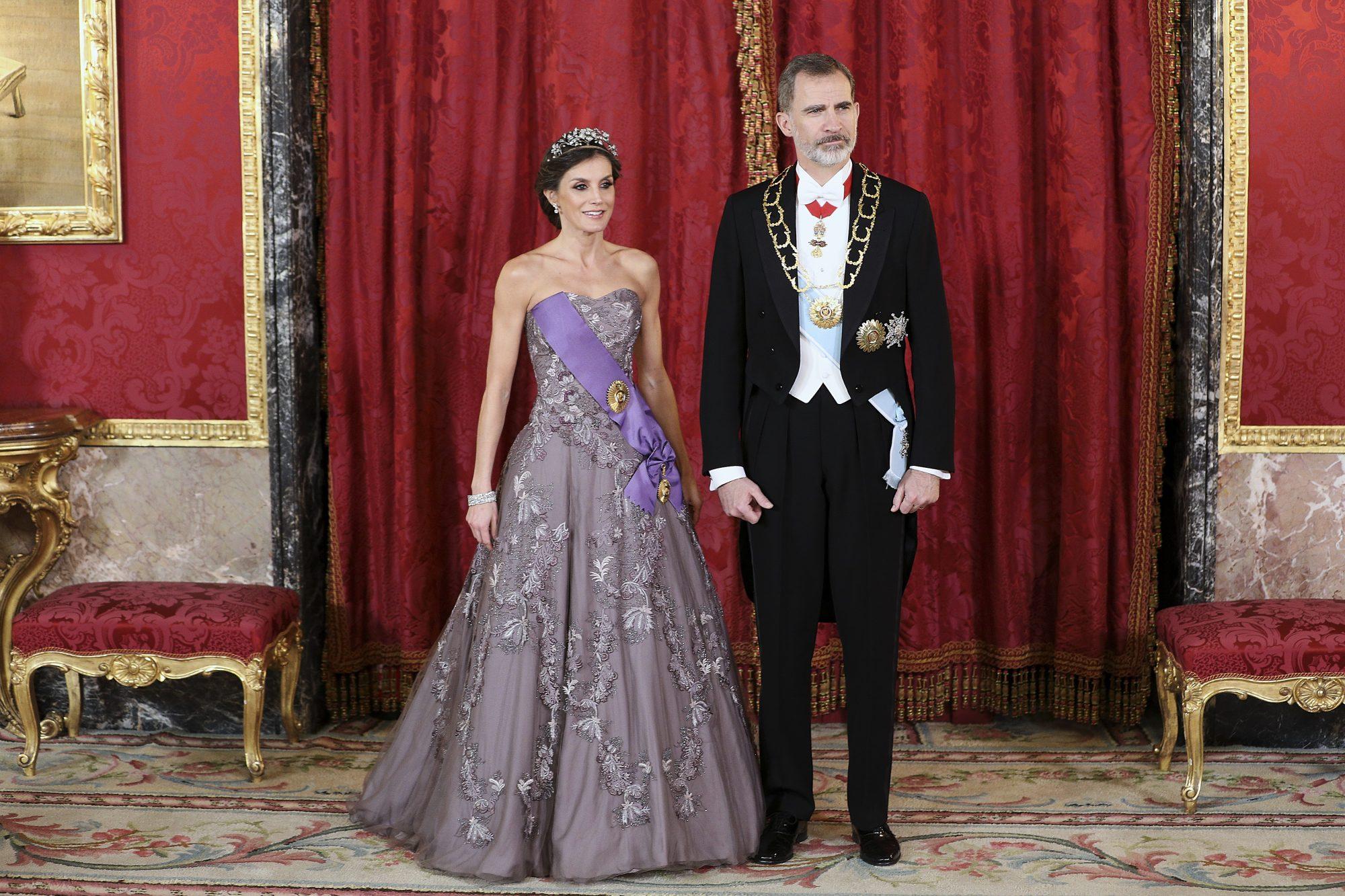 reina-Letizia-y-rey-Felipe-IV-de-Españaa