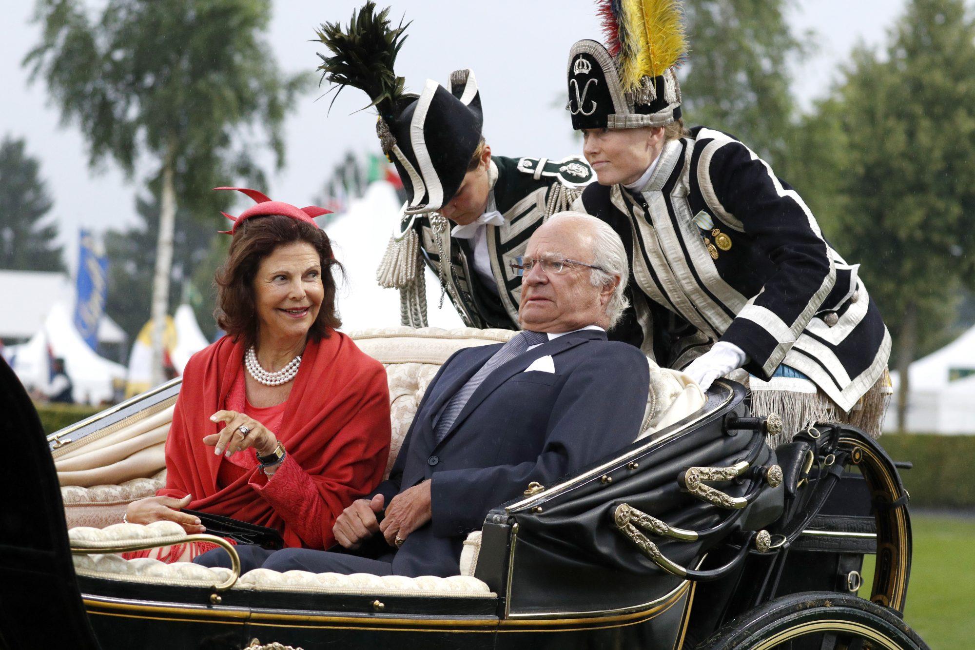 reina-Silvia-de-Suecia-y-rey-Carl-XVI-Gustaf-de-Suecia