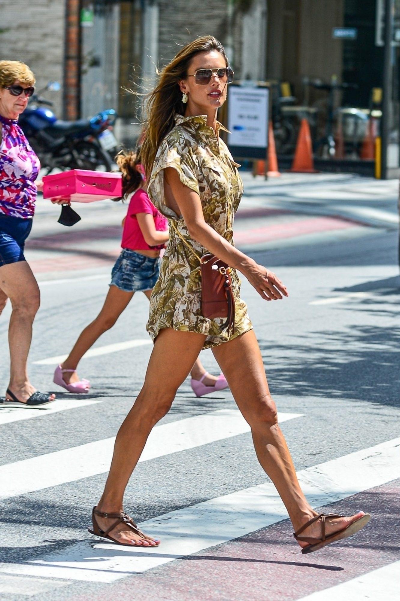 Alessandra Echevarria, look, streetstyle, los angeles