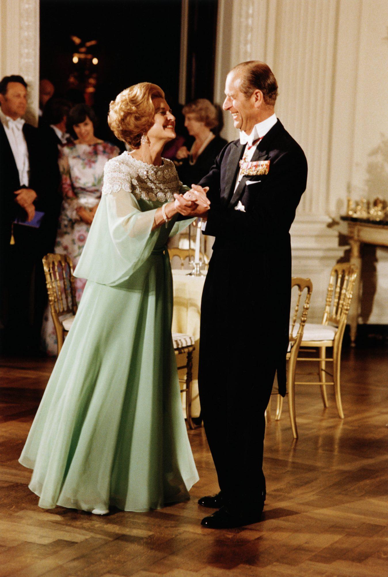 Betty Ford vestido Luis Estevez