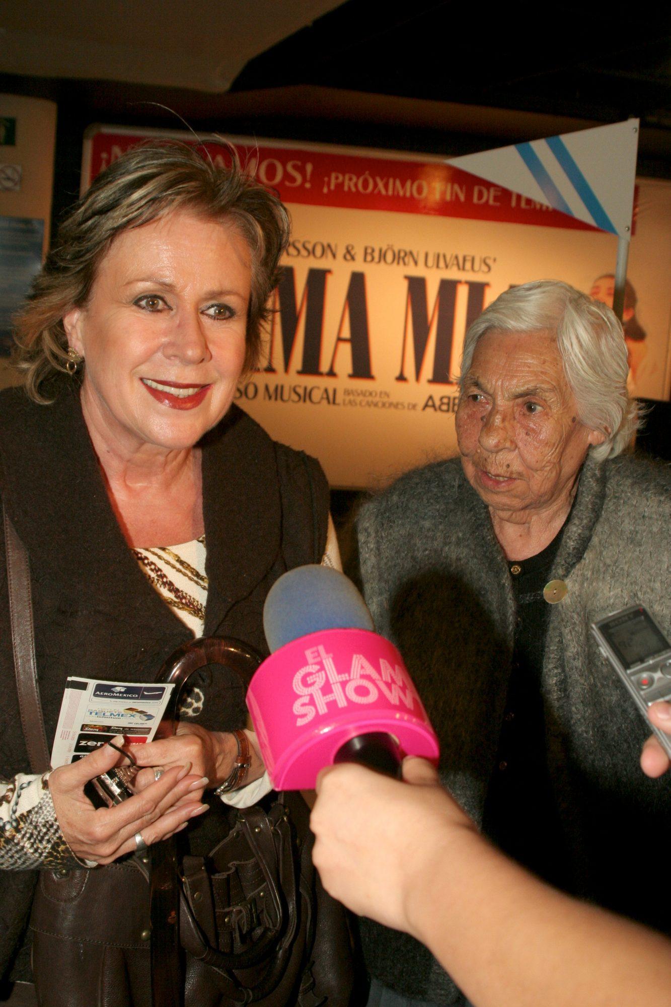 Laura Zapata y Eva Mange