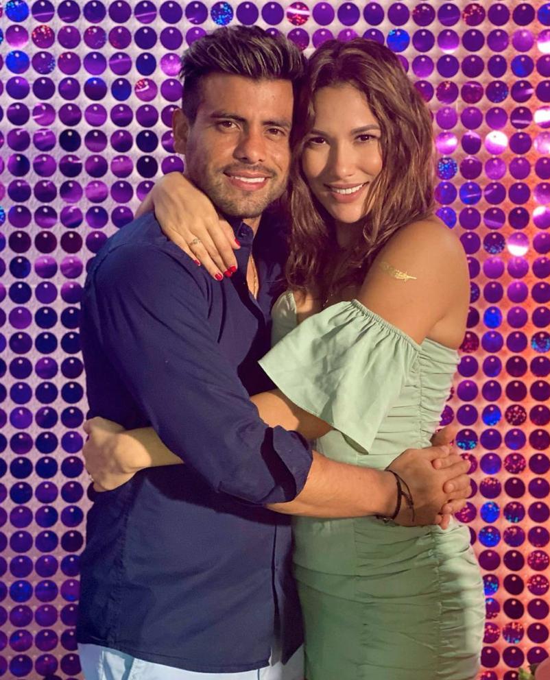 Efrain Ruales y su novia Alejandra Jaramillo