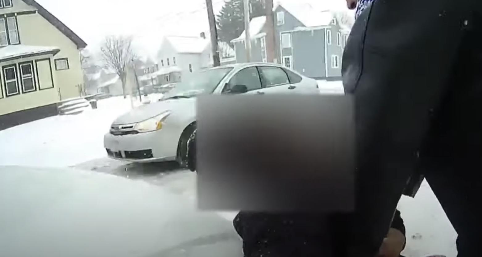 Arresto a niña en Rochester