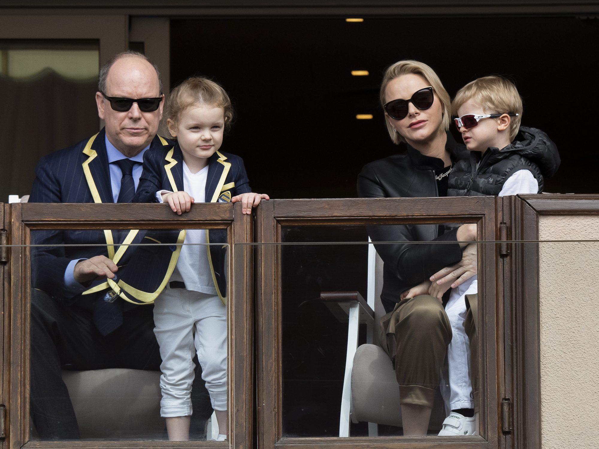 principe Alberto y princesa charlene principe Jacques Honoré Rainier princesa Gabriella Therese Marie de MOnaco