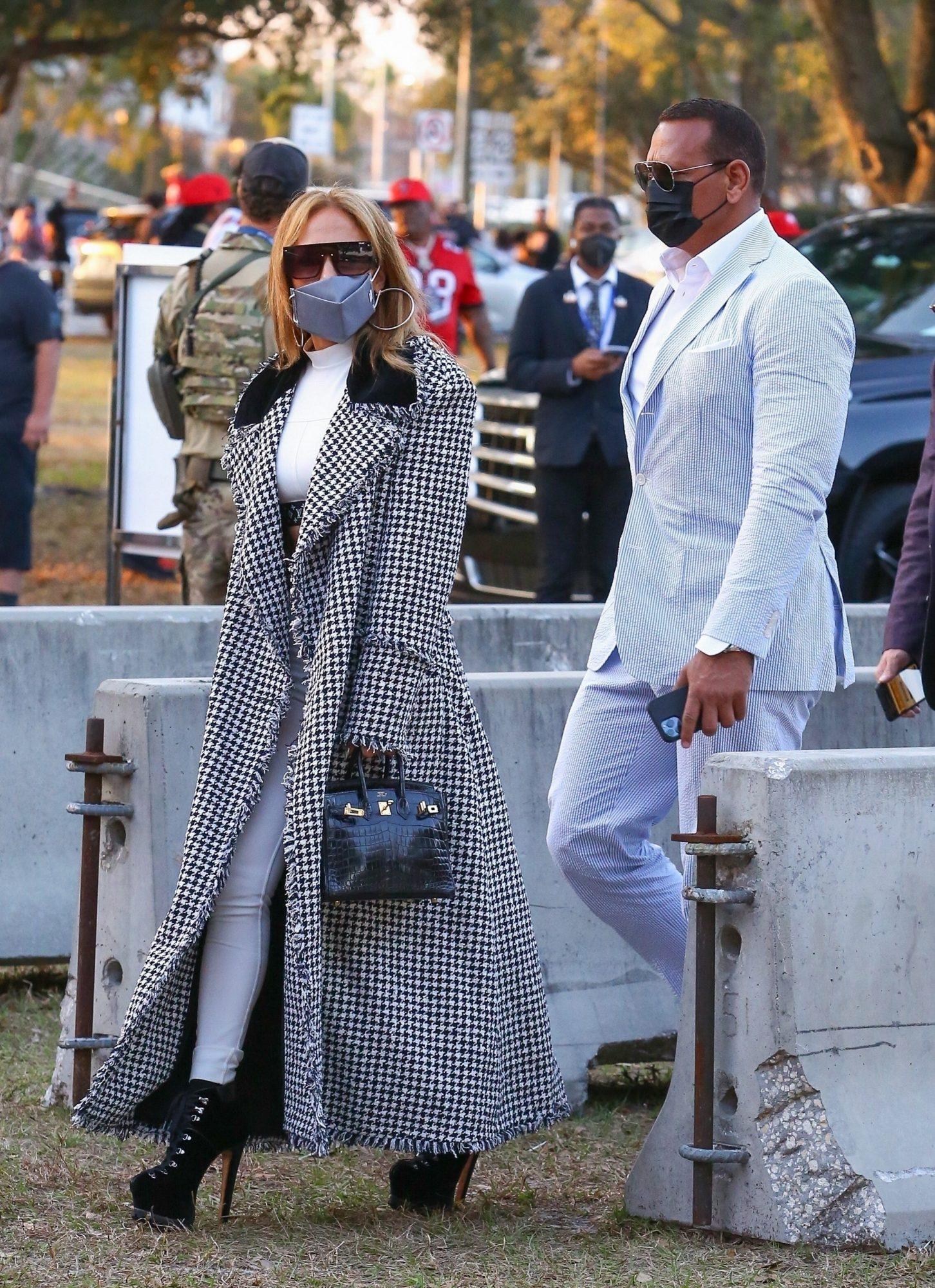 Jennifer Lopez, super bowl, look
