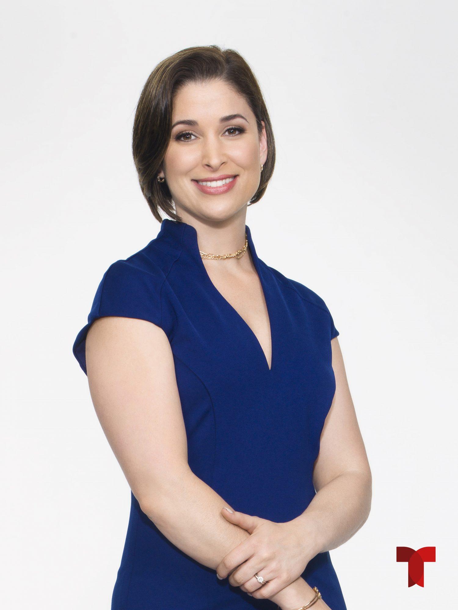Arantxa Loizaga, presentadora de noticias de hoy Día