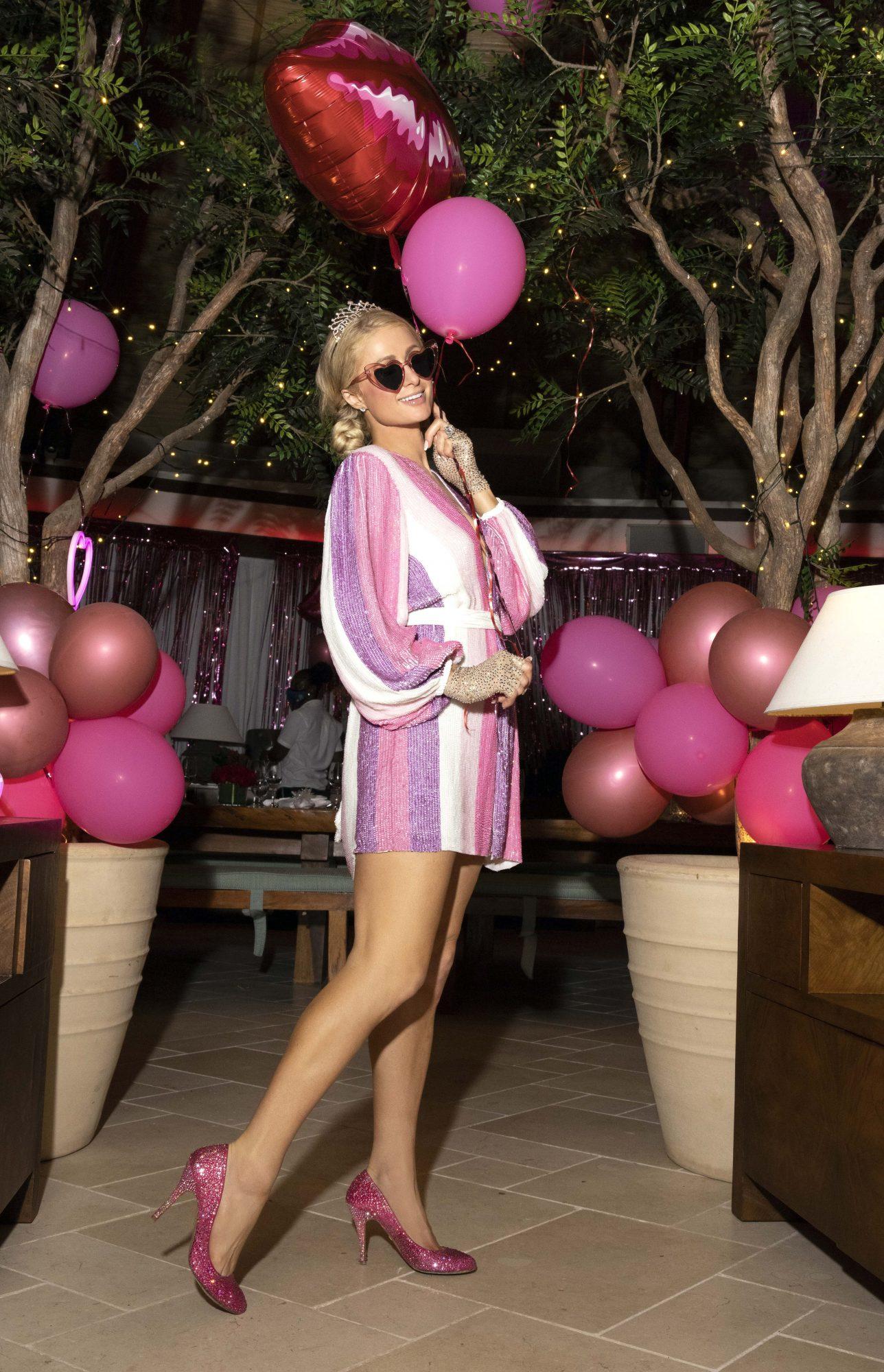 Paris Hilton, compromiso