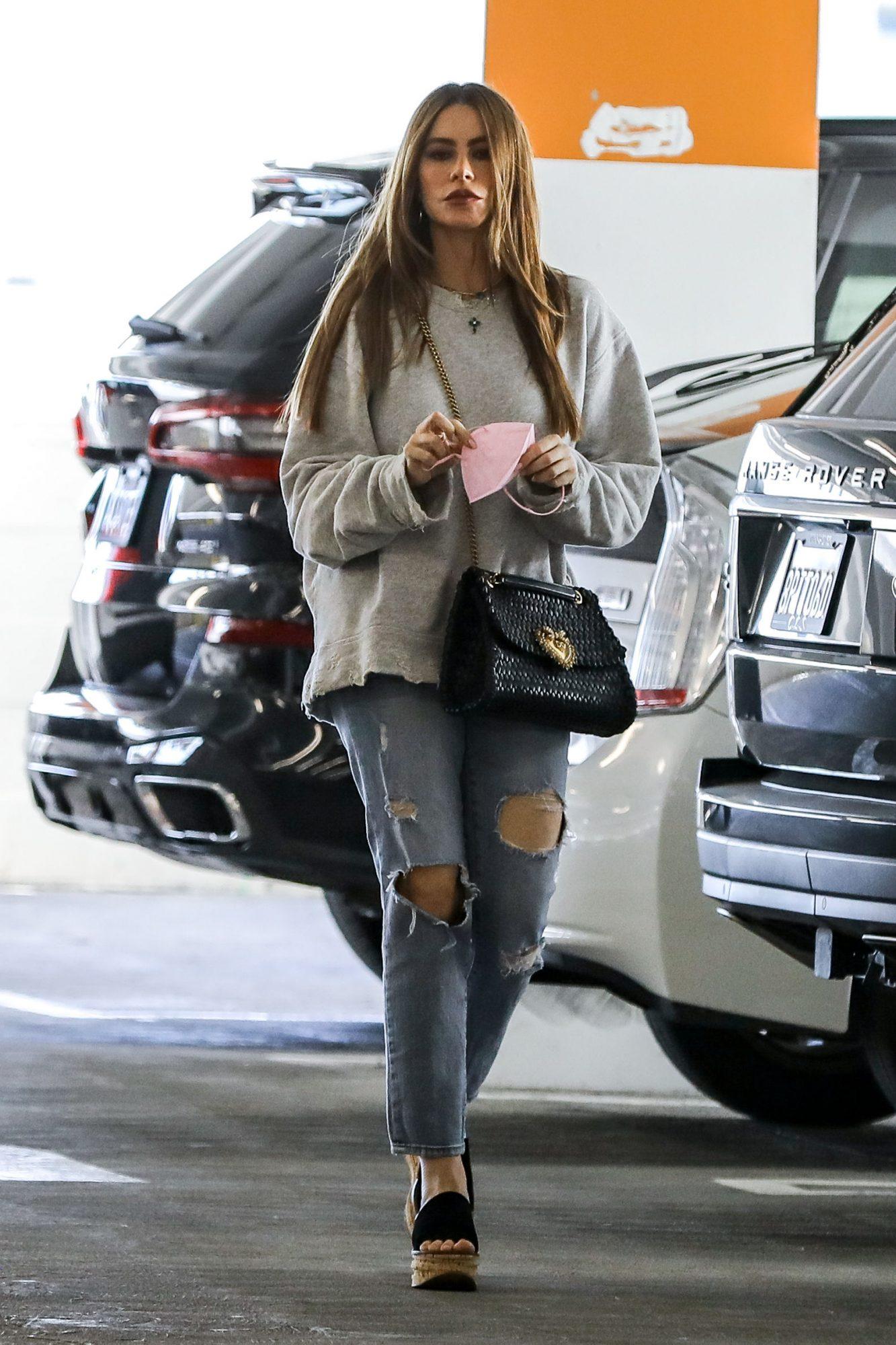 Sofia Vergara, look del dia, look casual, Beverly Hills