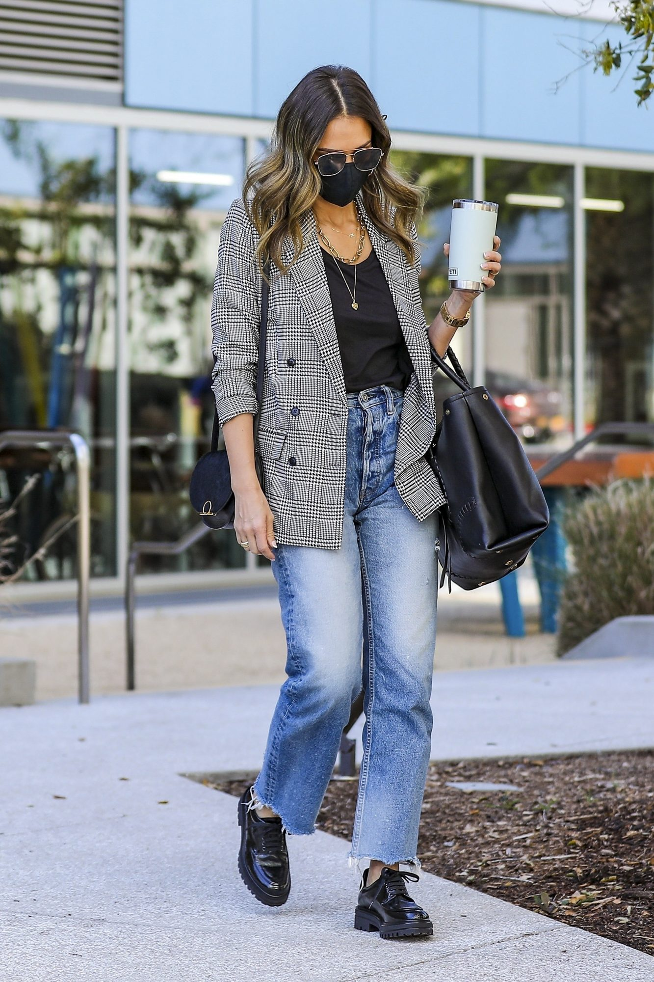 Jessica Alba, look del dia, Playa Vista, California