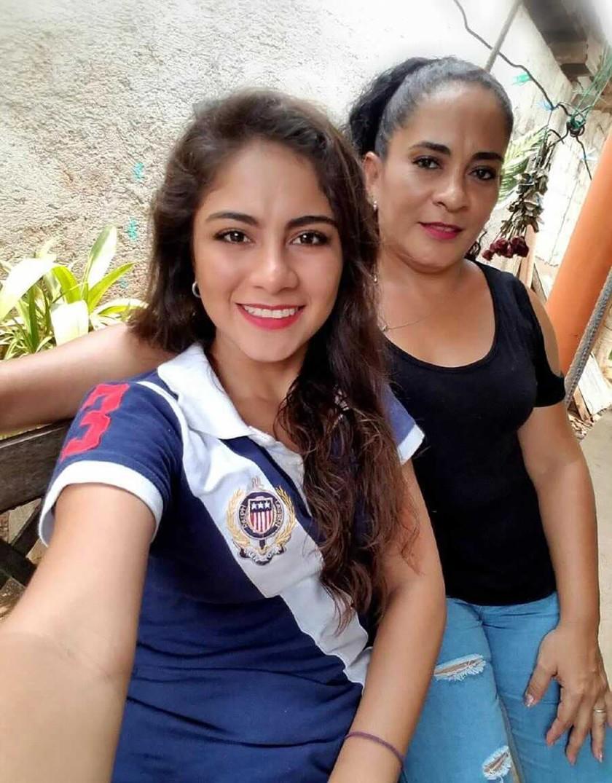 Yesenia Magali Melendrez Cardona y Verlyn Cardona