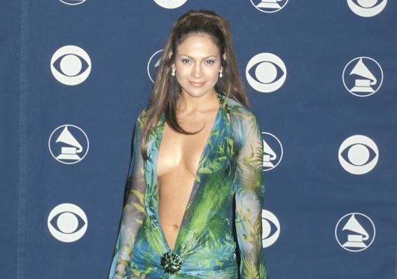 Jennifer Lopez vestido versace Grammy 2000