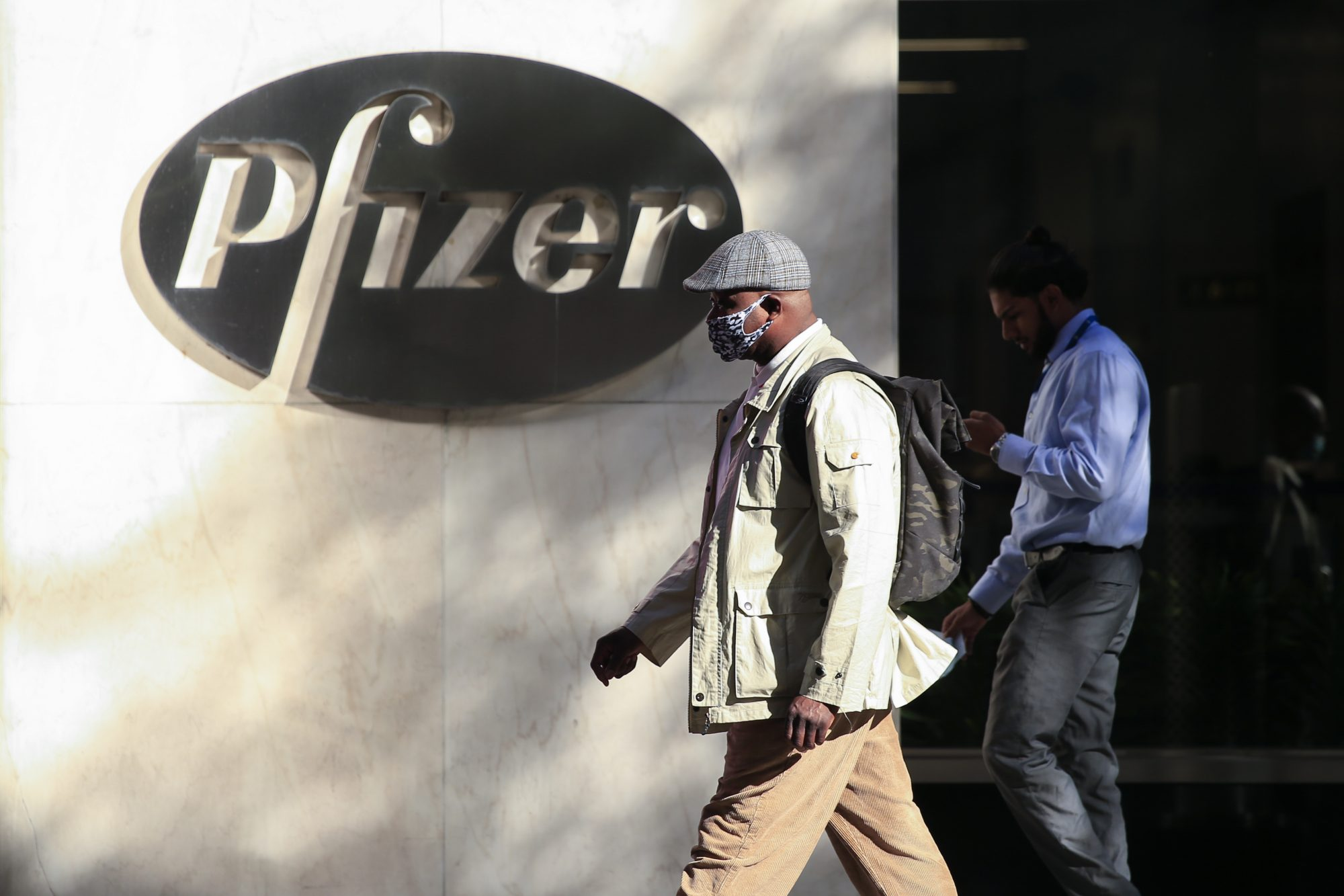 Vacuna de Pfizer más eficaz contra cepa brasileña