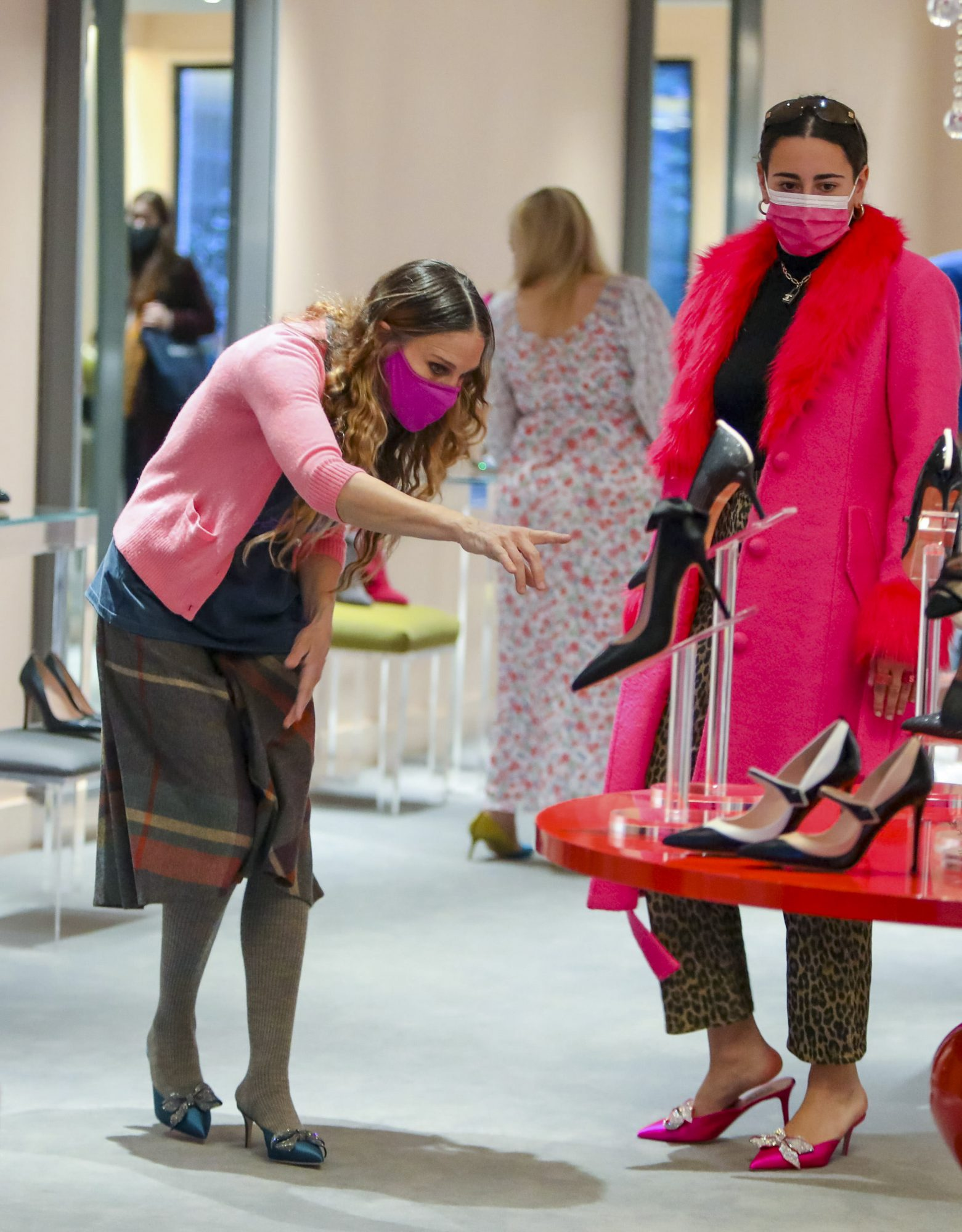 Sarah Jessica Parker Showing Excellent Customer Service at her Shoe Store