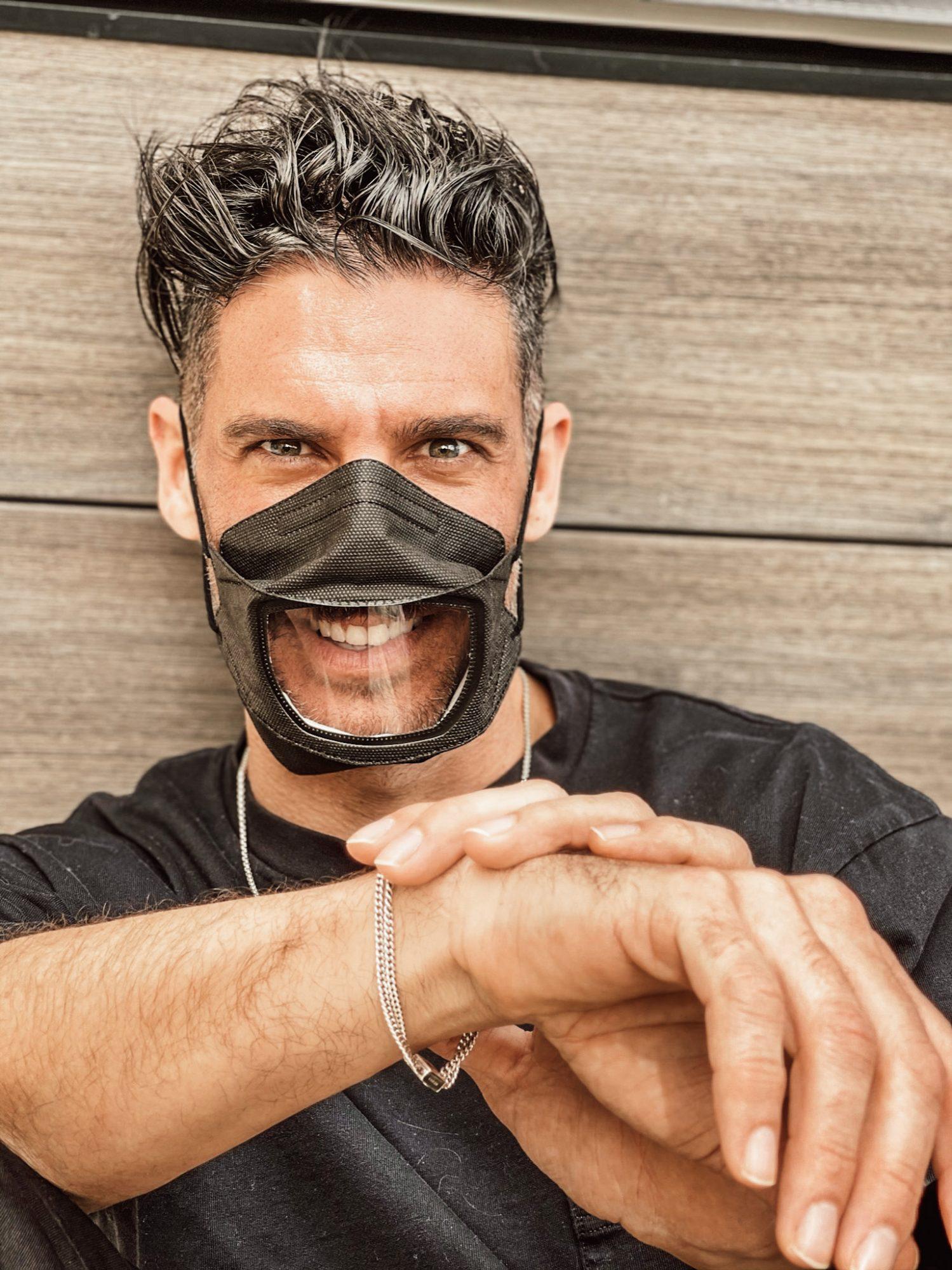 Erick Elias, mascarillas, Smile Guard