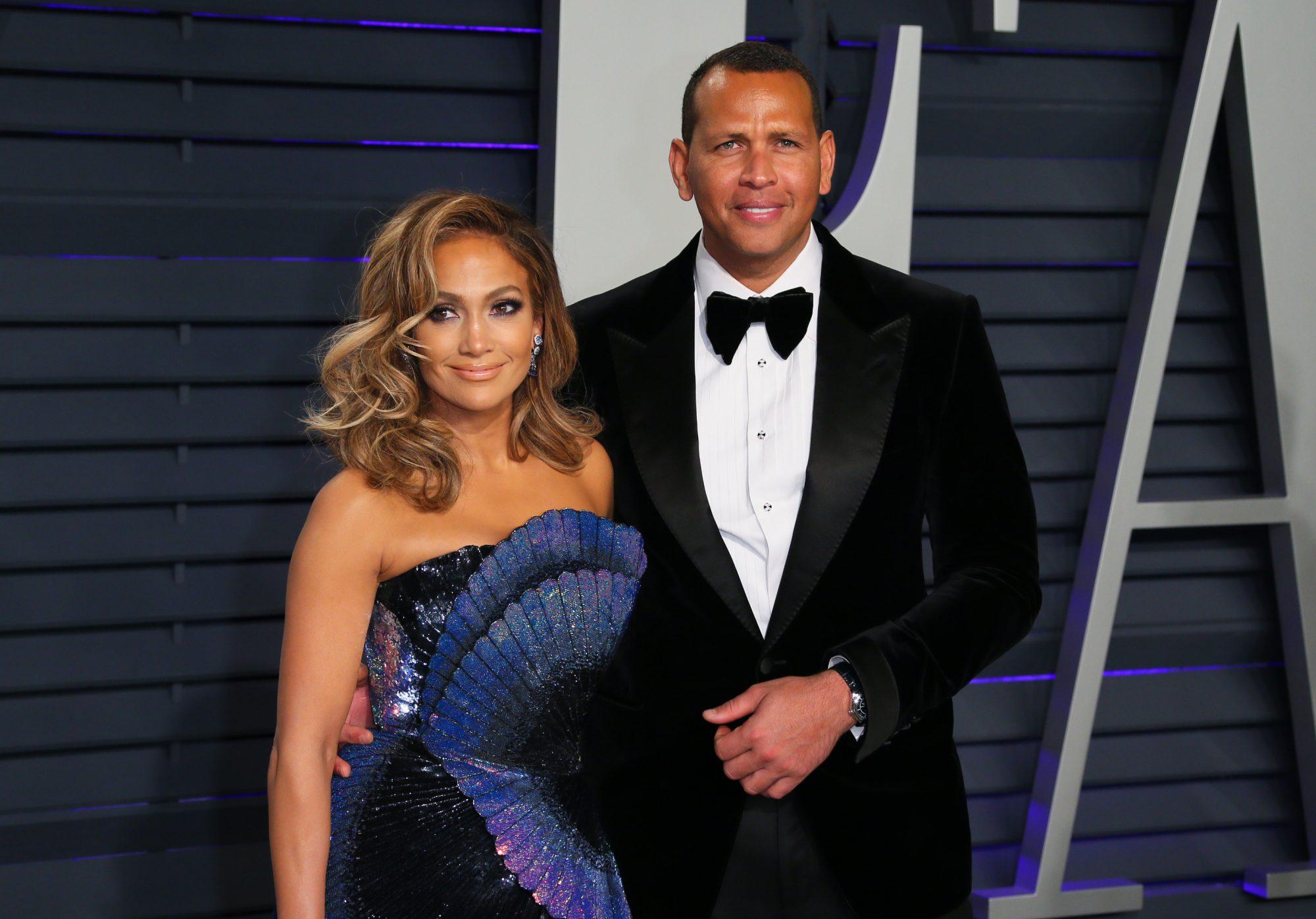Jennifer Lopez and former pro-baseball player Alex Rodriguez attend the 2019 Vanity Fair Oscar