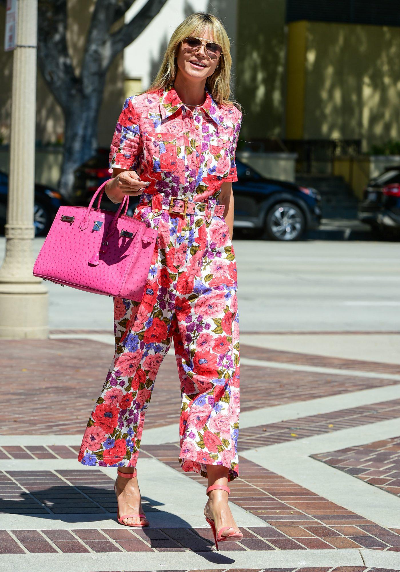 Heidi Klum, look del dia, los angeles, jumpsuit estampado floral