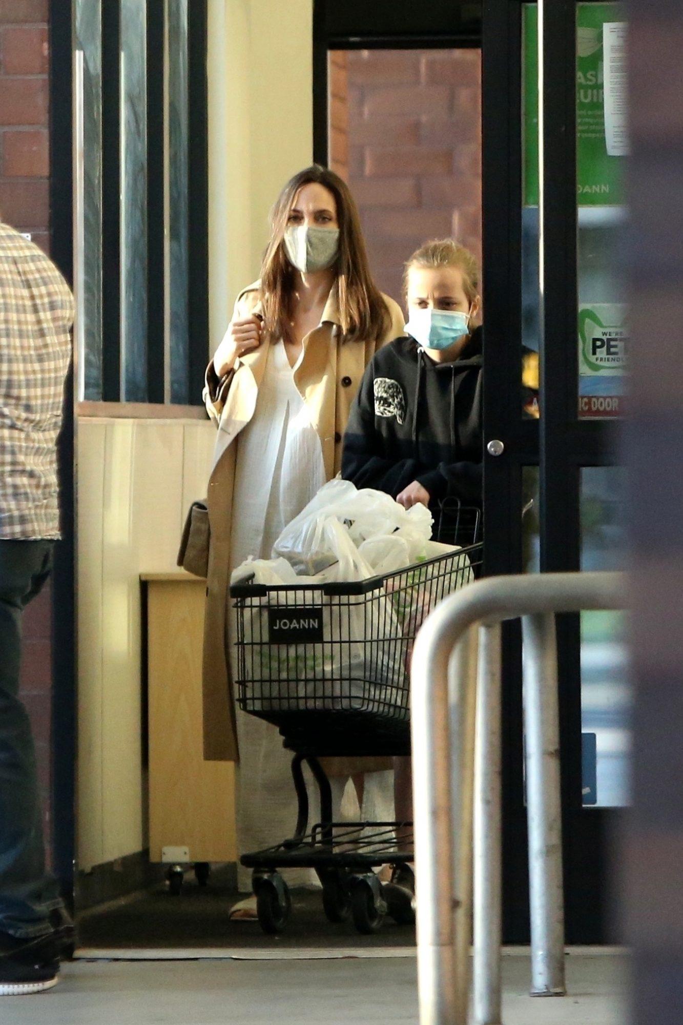 Angelina Jolie and Shiloh Pick Up Supplies at JOANN Fabrics