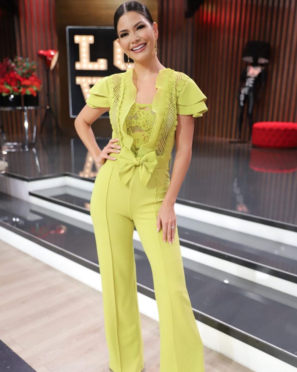 Ana Patricia Gamez, jumpsuit verde limon