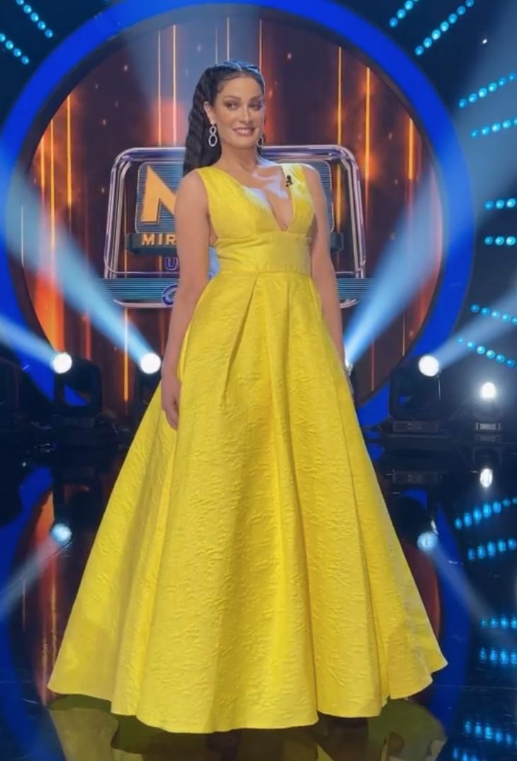 Dayanara Torres, vestido amarillo, mira quien baila