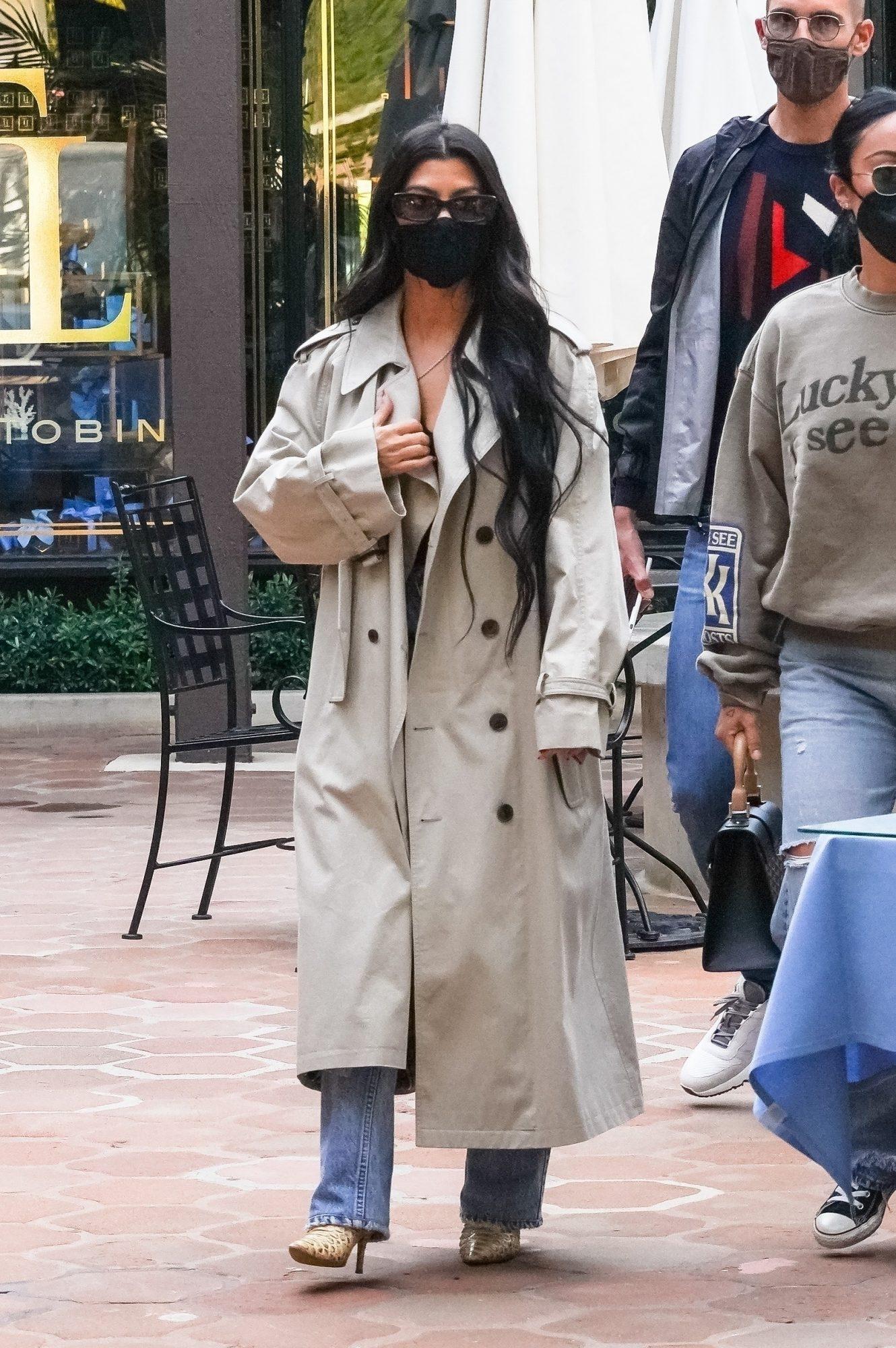 Kourtney Kardashian, Stephanie Shepherd
