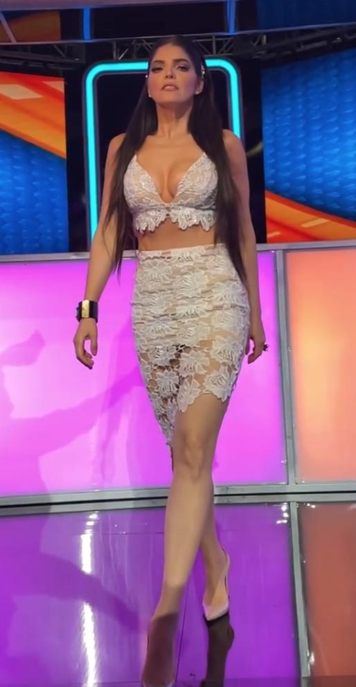 Ana Barbara, look del dia, sexy conjunto de encaje