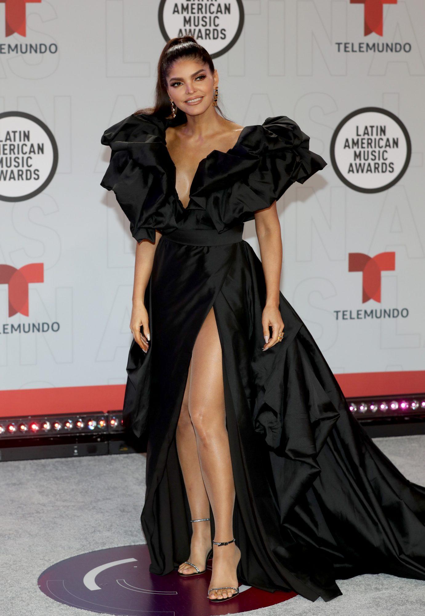 Ana Barbara, Latin American Music Awards, vestido negro