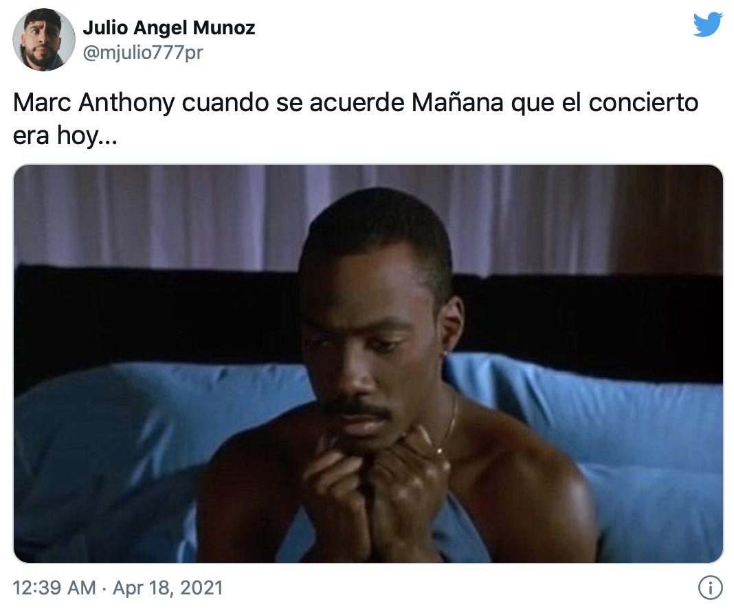 """""""Marc Anthony cuando se acuerde mañana que el concierto era hoy"""", dice este meme que muestra al comediante Eddie Murphydespertándose con cara de angustia."""