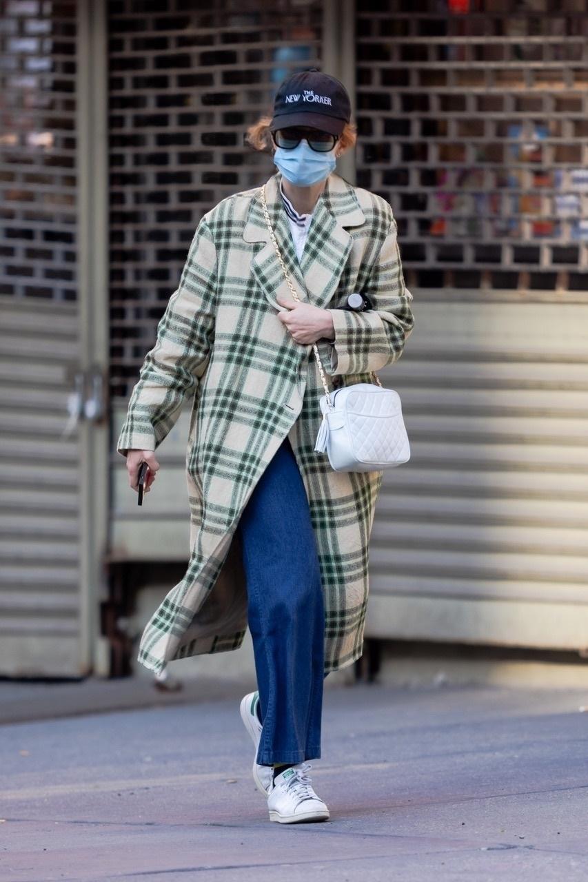 Jennifer Lawrence, look del dia, abrigo a cuadros, New York