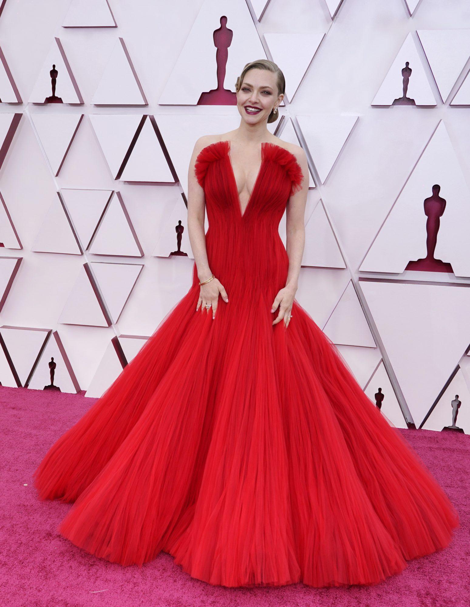 Oscars, alfombra roja, Amanda Seyfried