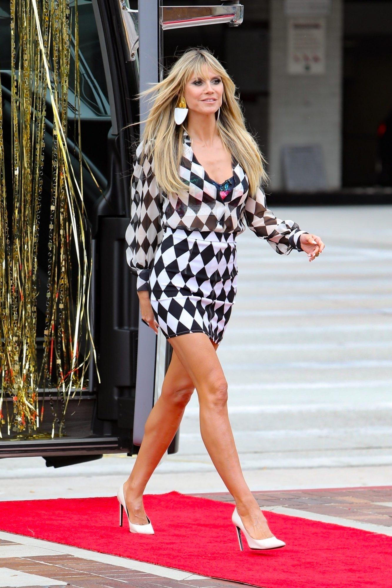 Heidi Klum, minivestido estampado, America's Got Talent