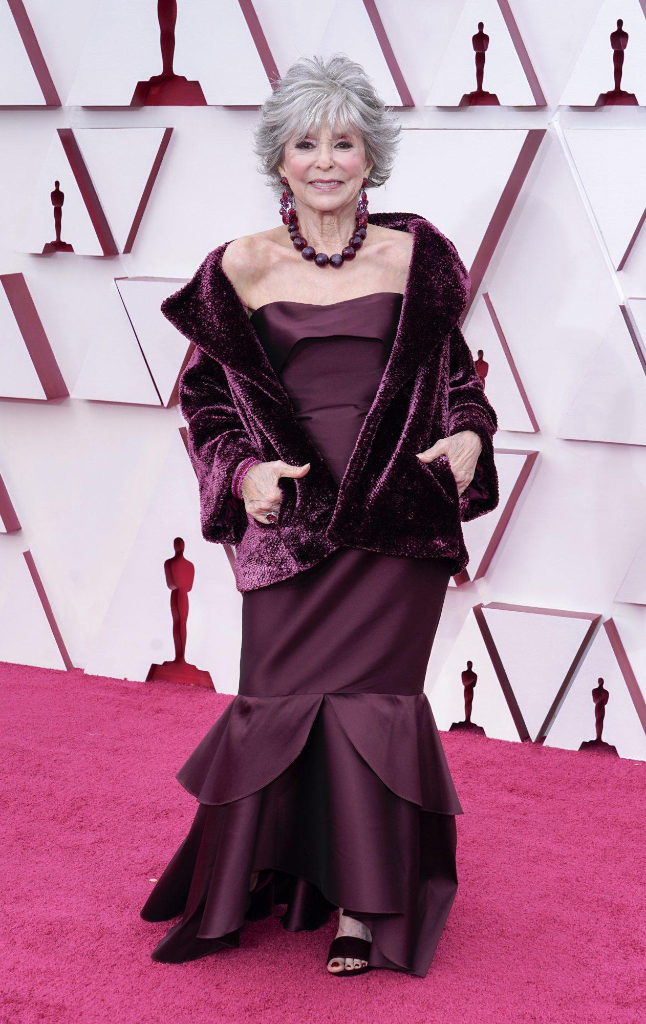Oscars, alfombra roja, Rita Moreno