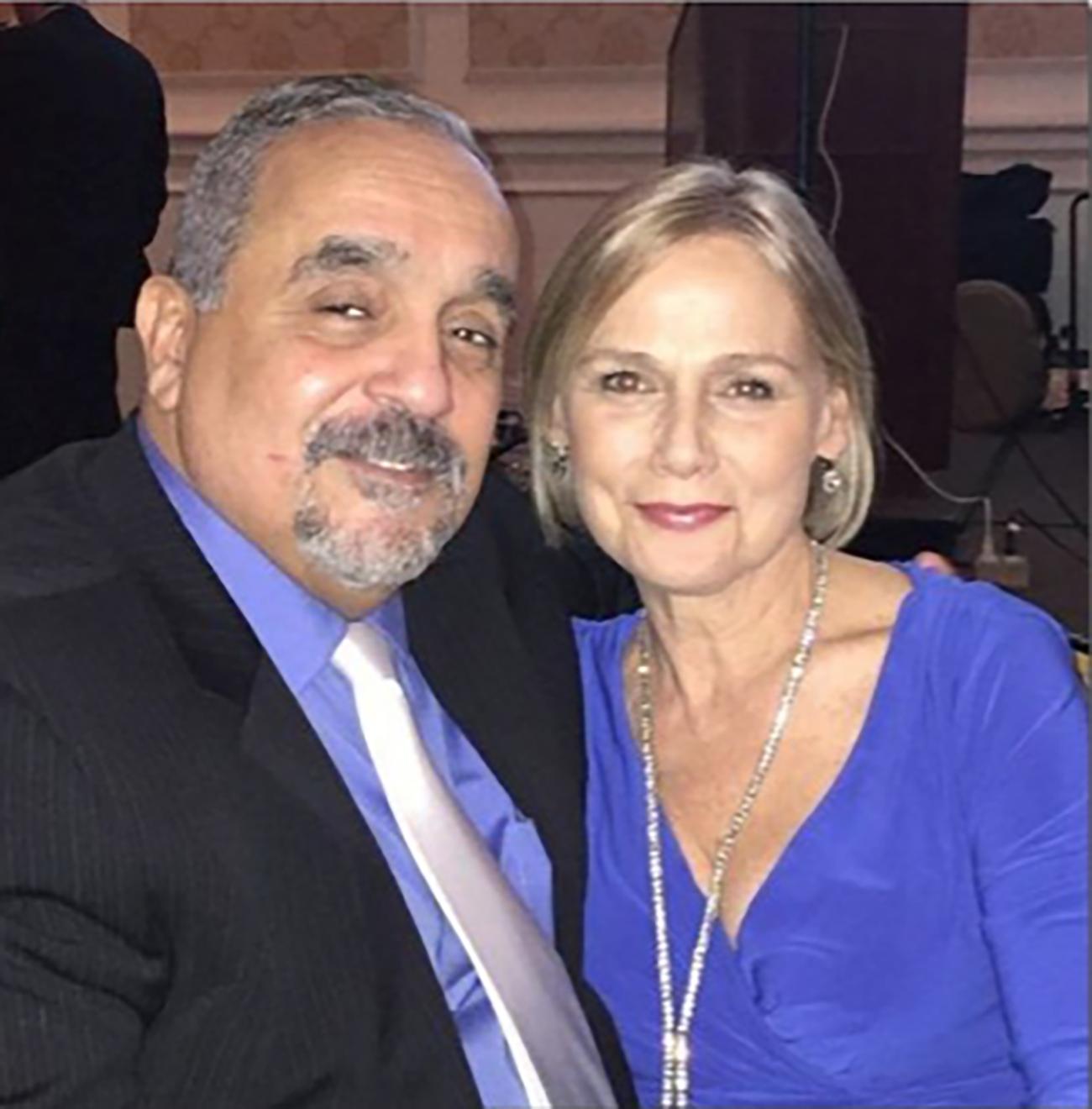 Wilie Colon y esposa