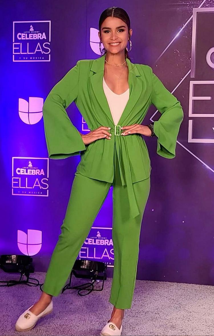 Clarissa Molina, look del dia, conjunto verde, miami, ellas y su musica