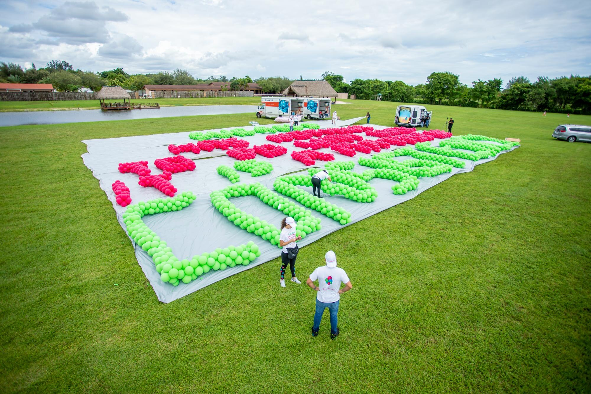 récord Guinness de la frase más larga con globos