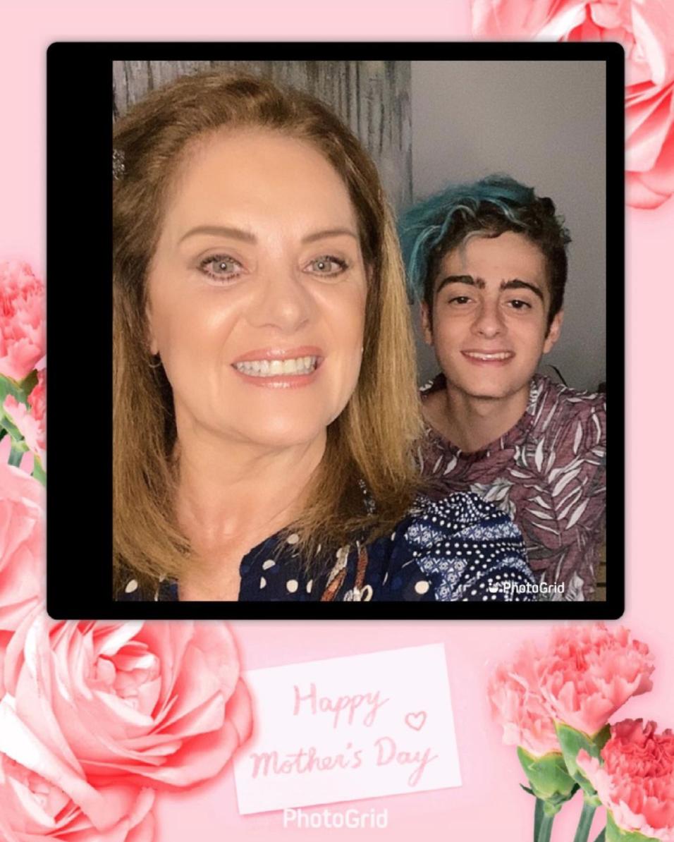 erika buenfil Dia de las Madres 2021