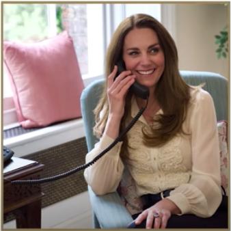 Kate Middleton repite blusa de compromiso