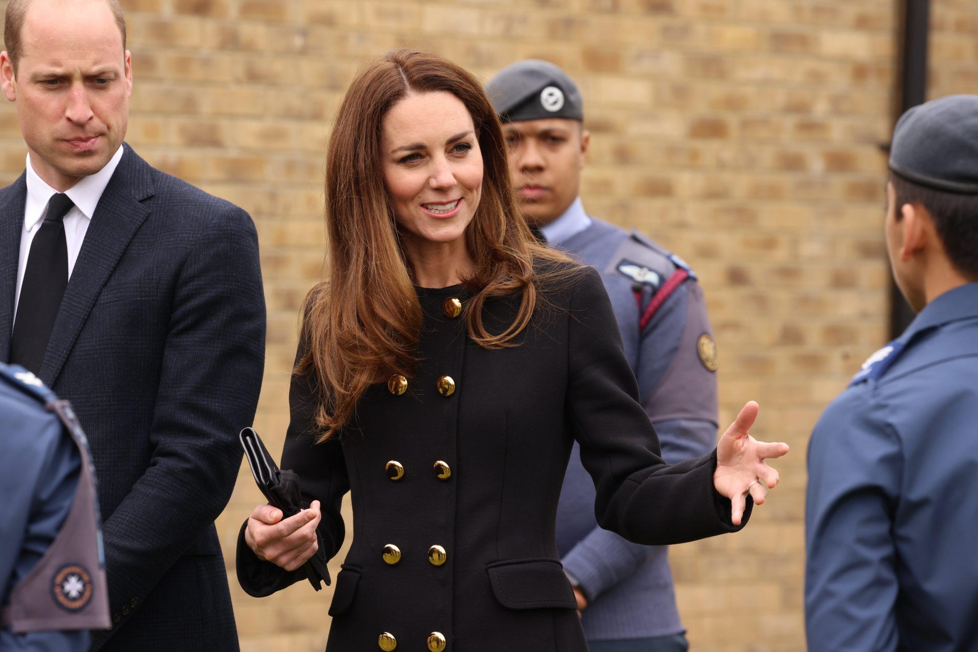 Kate Middleton repite blusa 11 años después