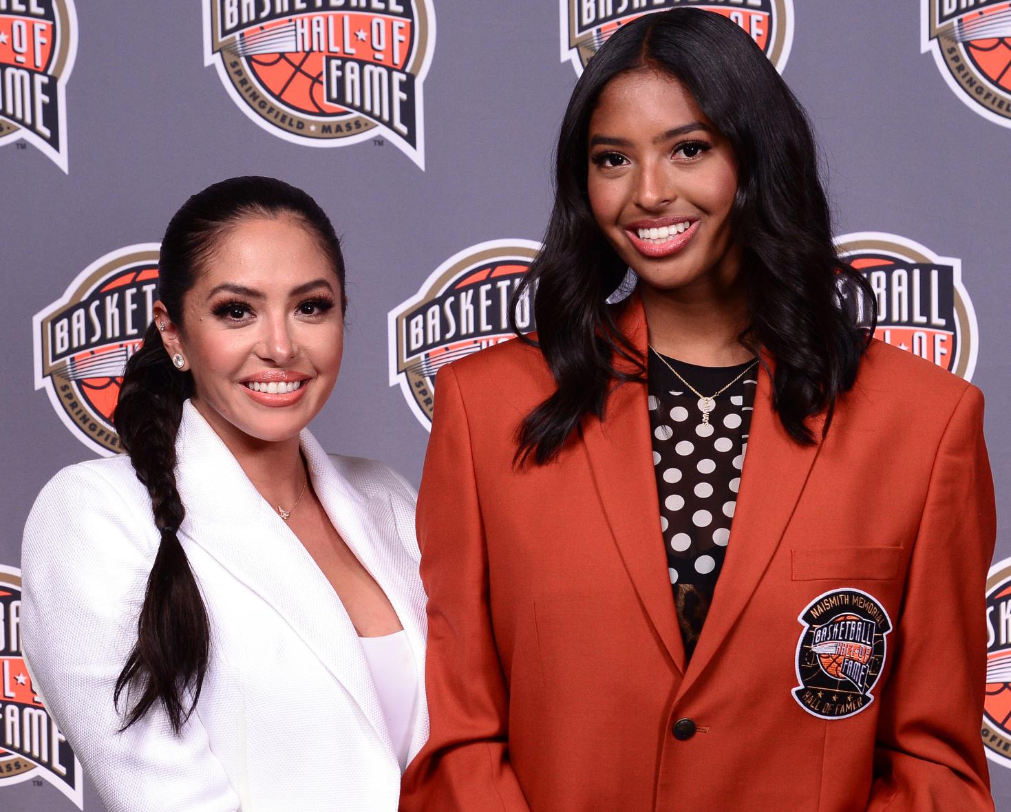 Vanessa Bryant y Natalia Bryant