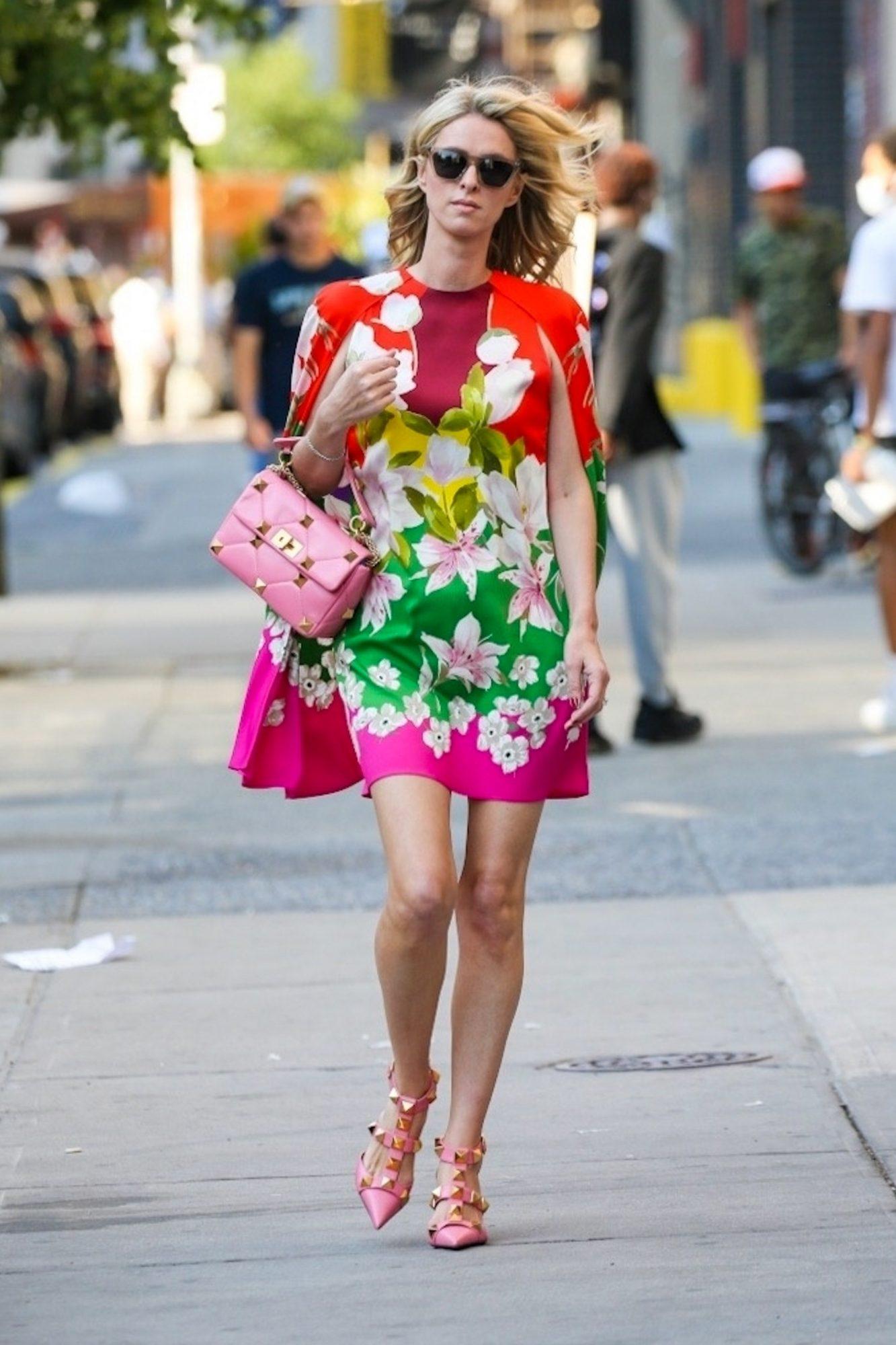 Nicky Hilton, look del dia, vestido con estampado floral, New York