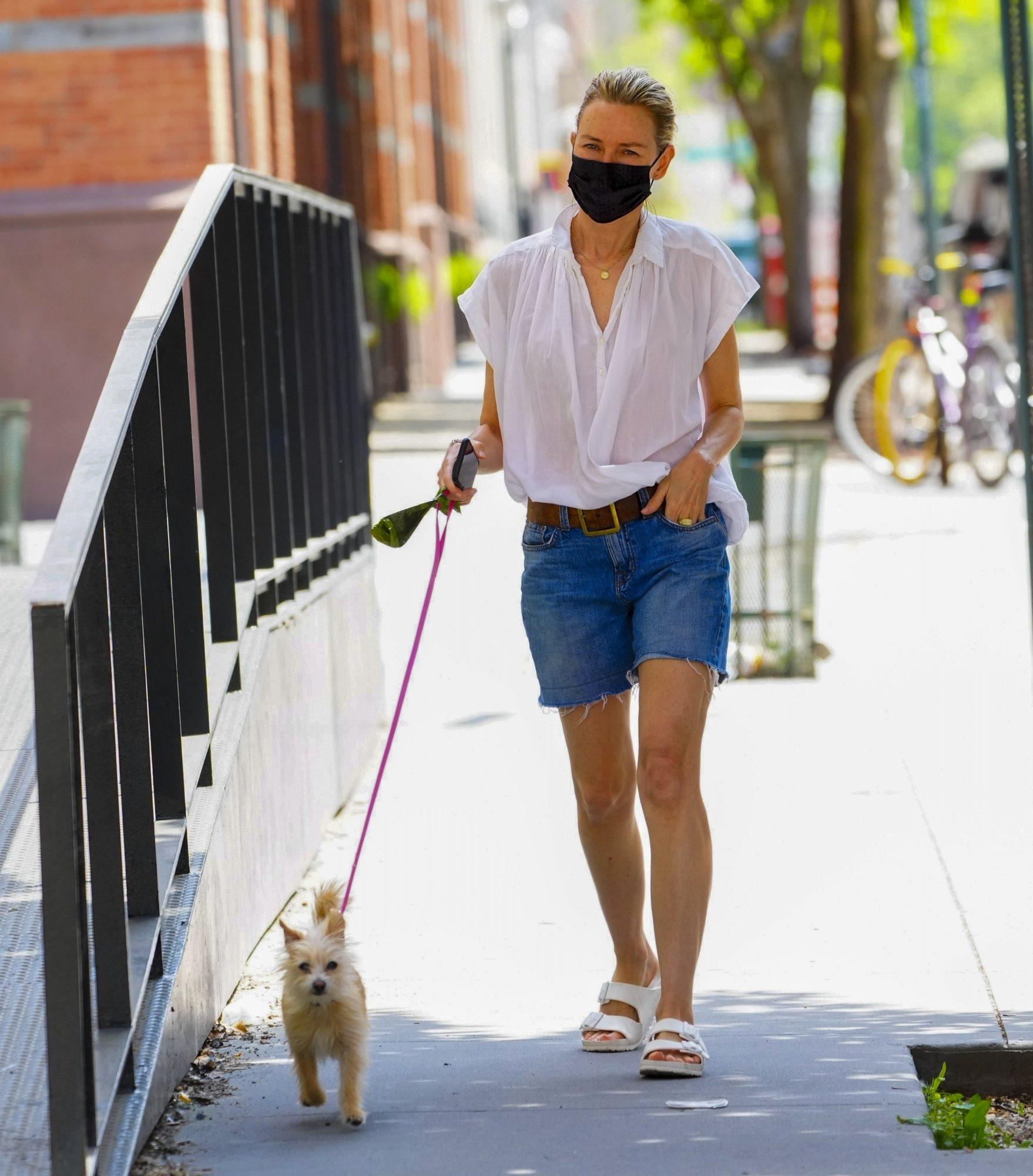 Naomi Watts, look del dia, look casual en Nueva York,