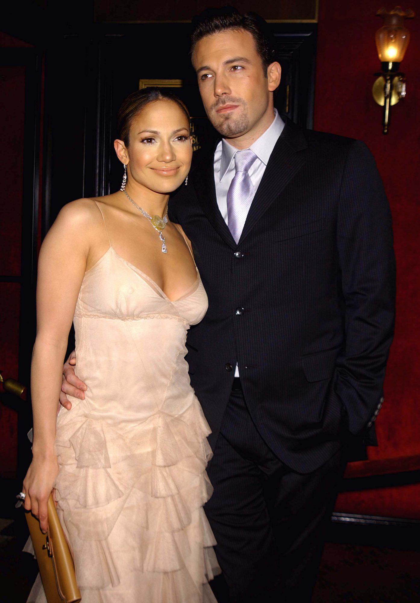 "Jennifer Lopez and Ben Affleck ""Maid in Manhattan"" Premiere - Arrivals"