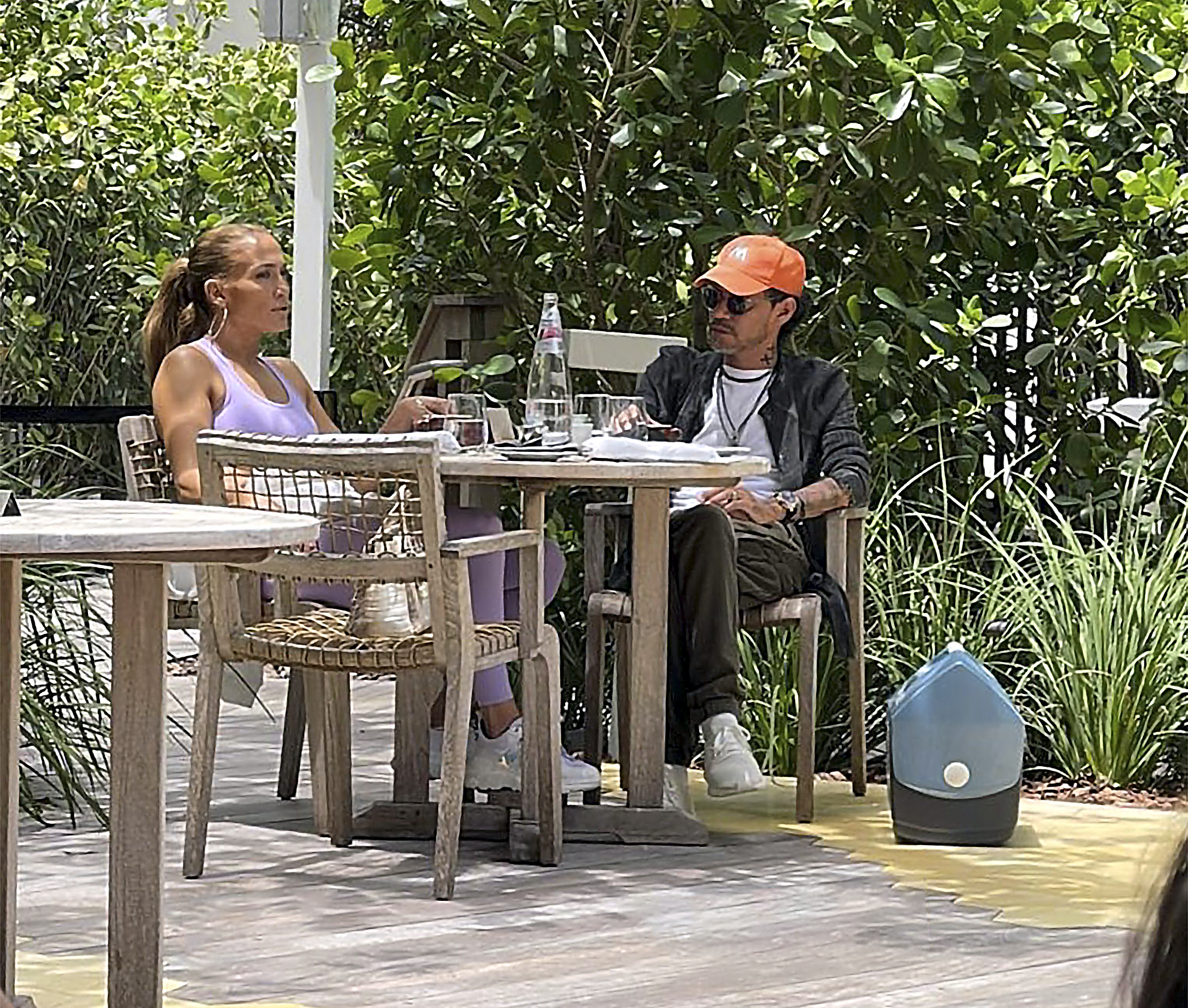 Jennifer Lopez & Marc Anthony Spotted Eating Lunch together in Miami